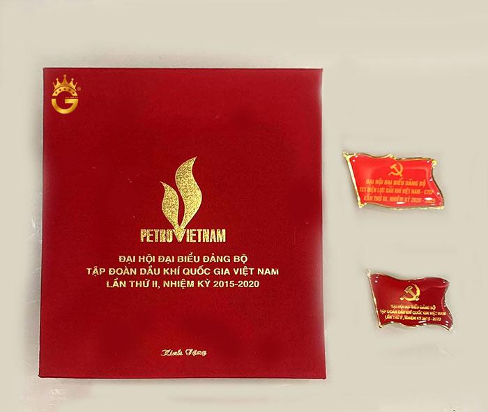 Huy hiệu Đại hội Đảng công ty, Cờ đảng mạ vàng cho Đại biểu