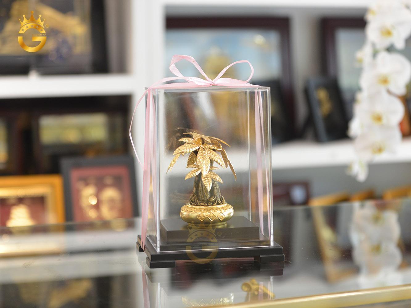 Quà tặng chậu cây bonsai dát vàng- cây kim ngân dát vàng 24k cao cấp