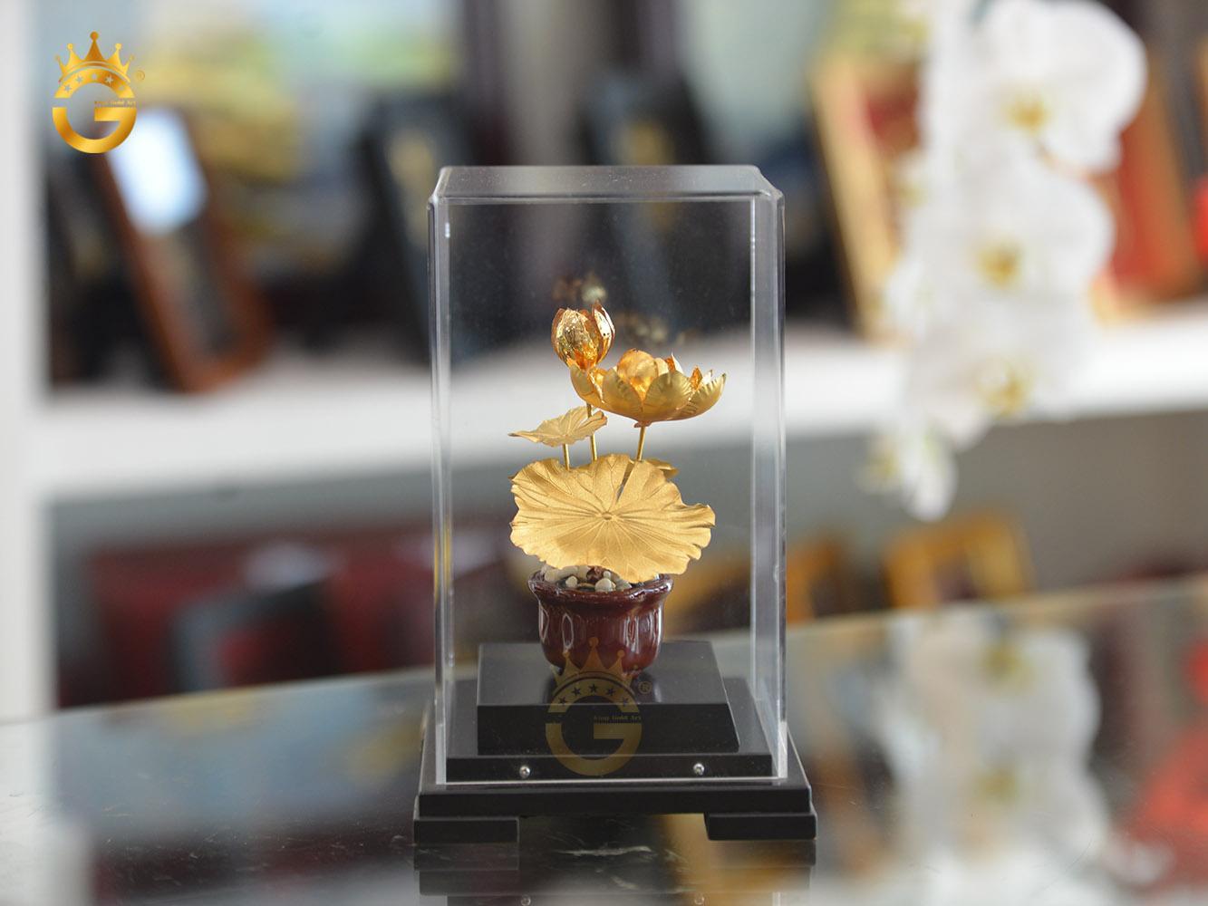 Quà tặng sếp nữ- chậu hoa sen mạ vàng 24k cao cấp