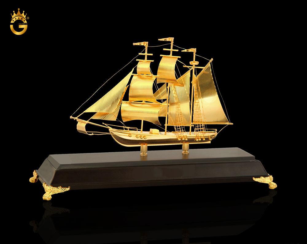 Qùa tặng vàng, tranh dát vàng cao cấp làm quà đối ngoại tại King Gold
