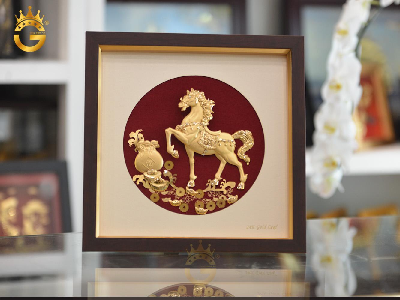 Quà tặng tranh ngựa tài lộc mạ vàng, tranh ngựa mã đáo thành công