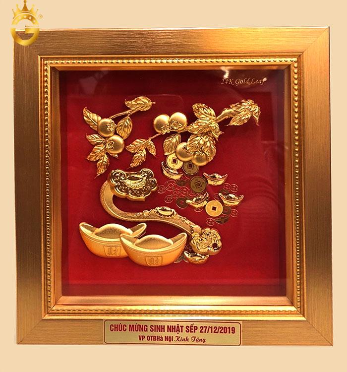 Tranh vàng gậy như ý quả đào bằng vàng tặng sếp ý nghĩa