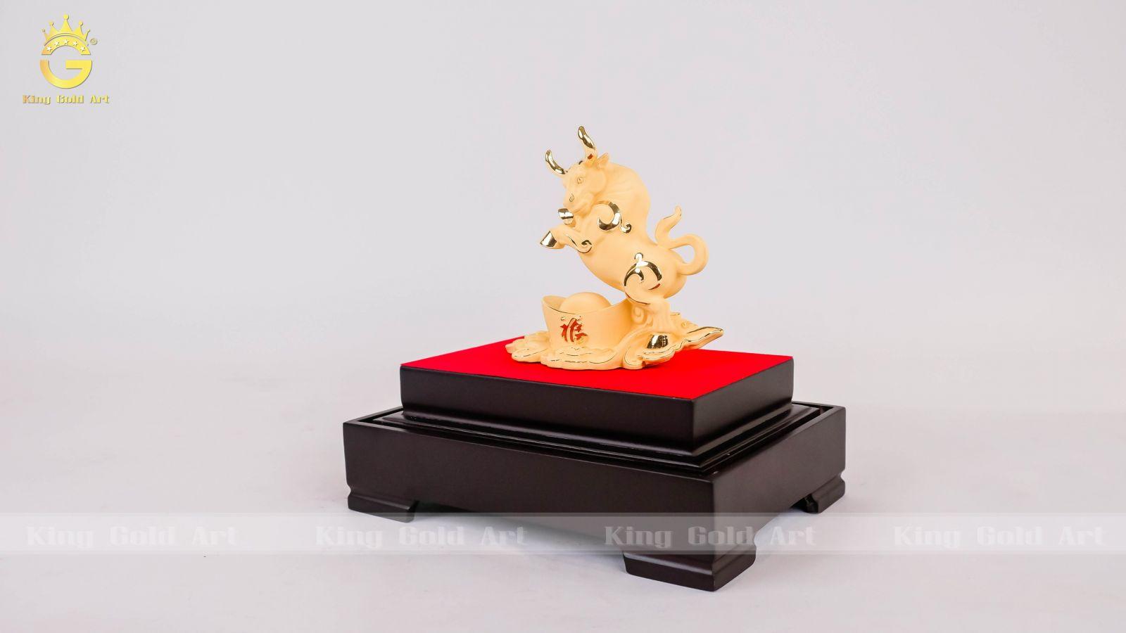 Quà tết linh vật trâu vàng 24k sang trọng và ý nghĩa