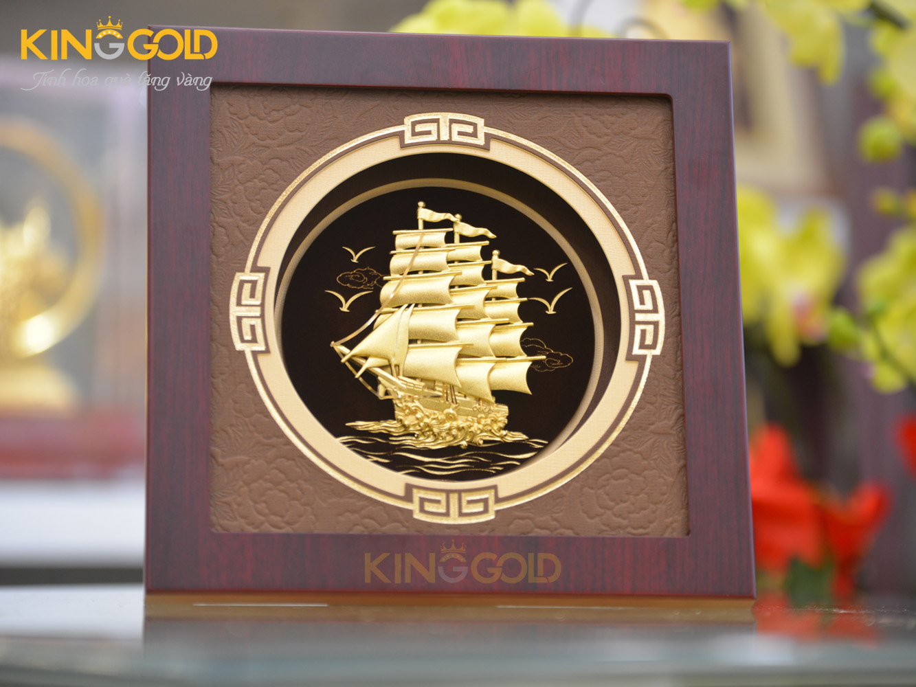 Quà tặng tranh vàng 24k thuận buồm xuôi gió tài lộc