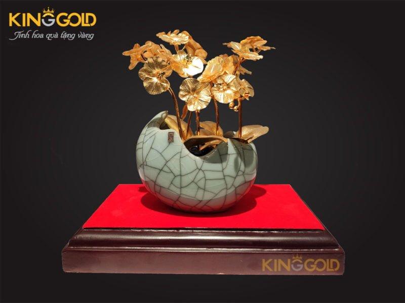 Chậu hoa lan mạ vàng làm quà tặng Tết 2020