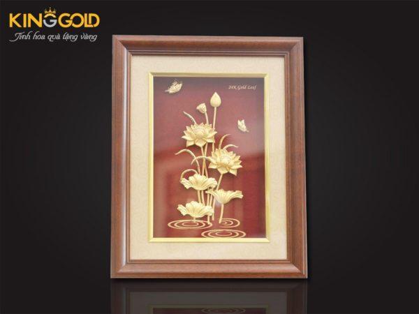 Tranh sen vàng 24k, tranh hoa sen làm quà tặng ngày 20-11