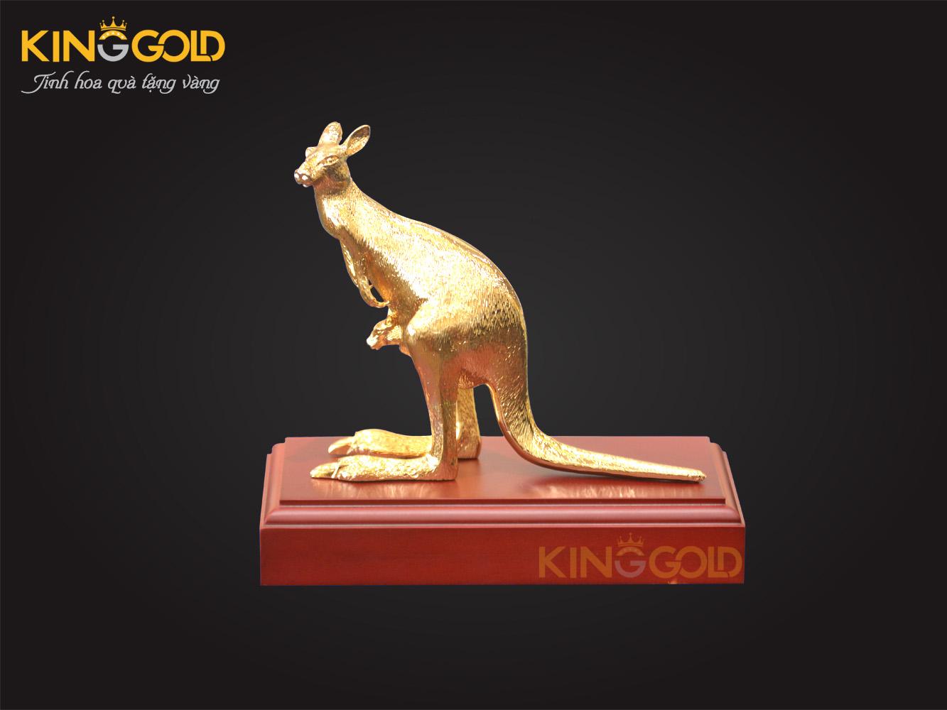 Kangaroo bằng đồng mạ vàng 24 k - quà tết Canh tý