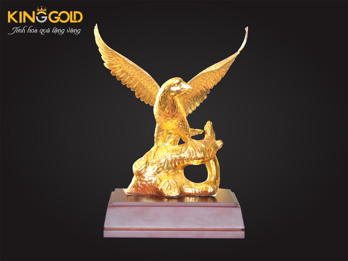 Tượng Đại Bàng Tung Cánh Mạ Vàng 24k