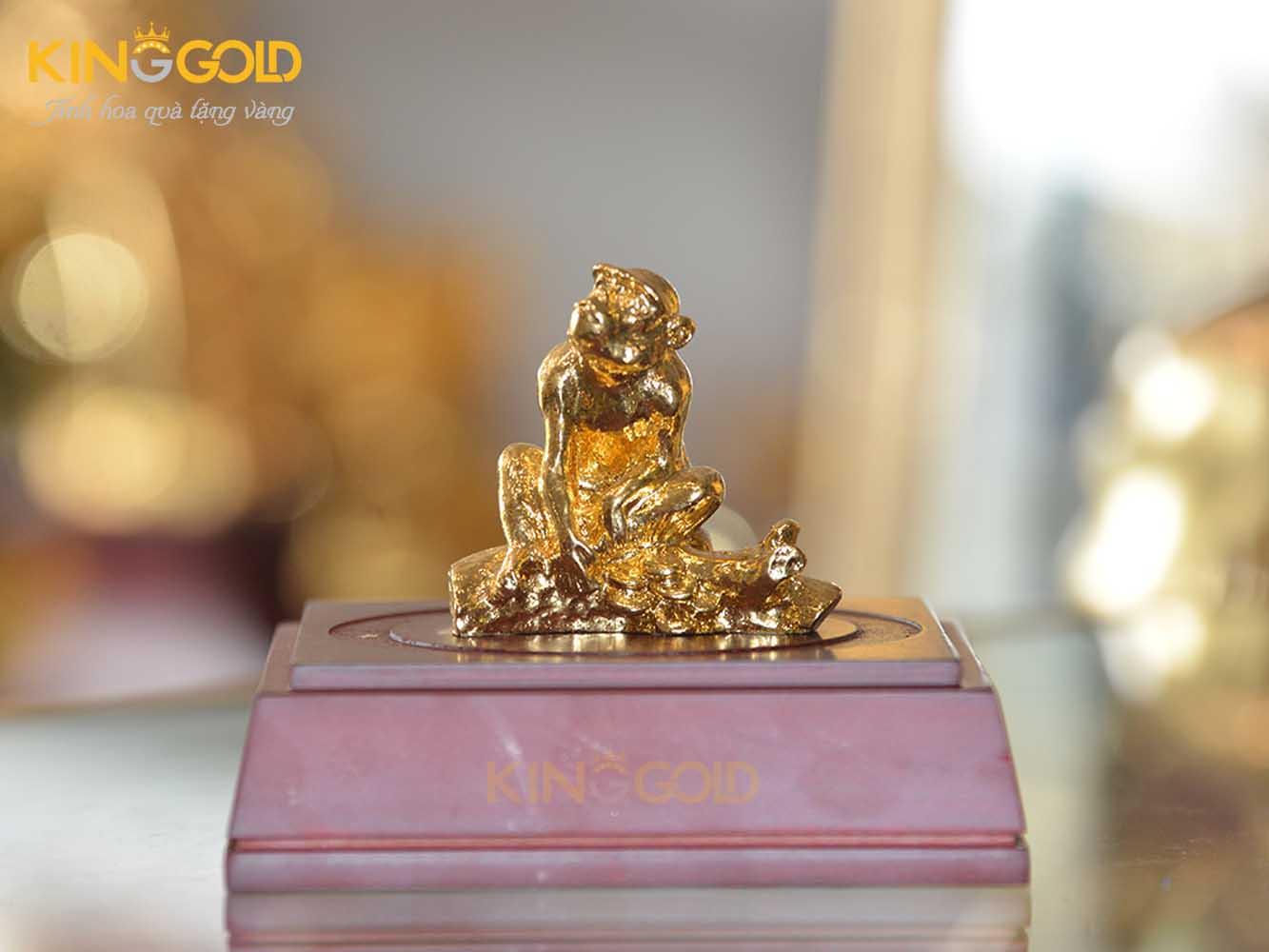 Tượng khỉ mạ vàng 24k