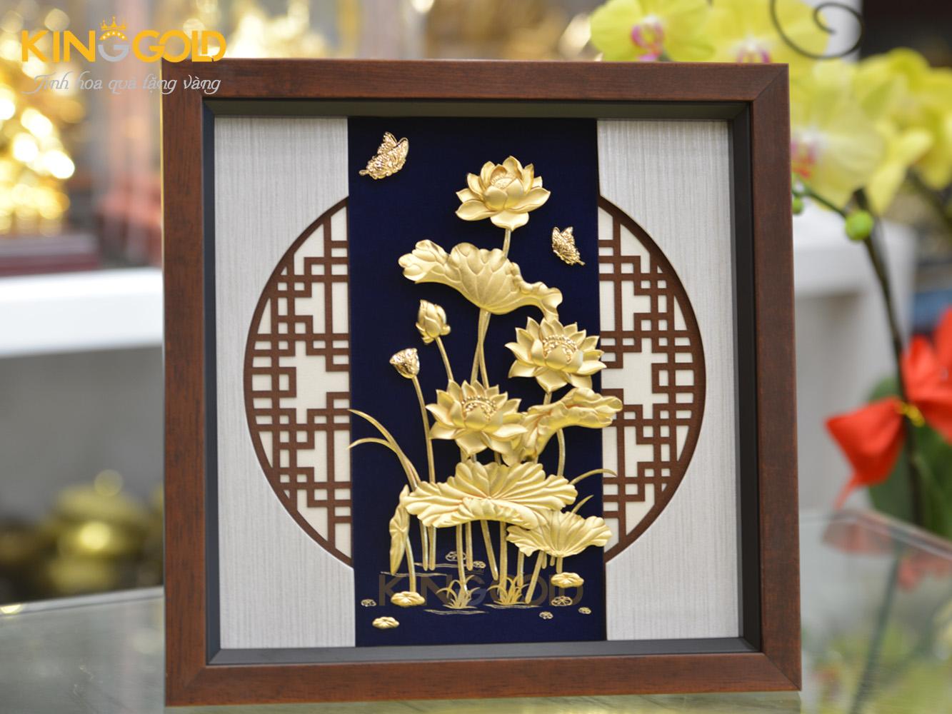 Tranh sen vàng biểu tượng Quốc hoa được ưa thích nhất