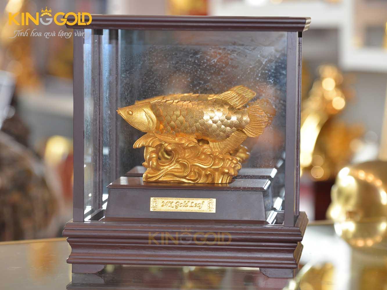 Tượng cá rồng mạ vàng 24k
