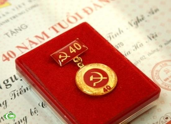 Báo giá quà tặng lưu niệm Đại hội Đảng bộ 2020