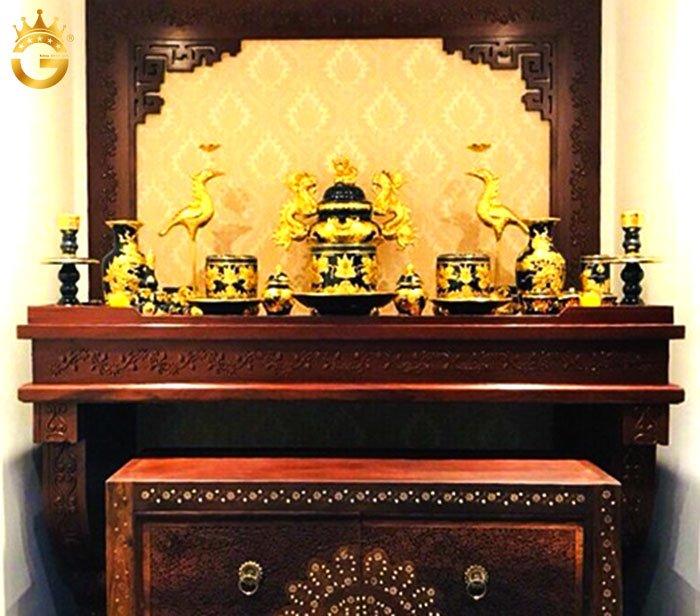 Top 10 bộ đồ thờ gốm dát vàng cao cấp nhất hiện nay